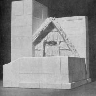 Памятник В.И. Ленину в Разливе. Модель памятника; вид сзади
