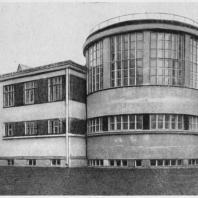 Больница имени С.П. Боткина в Ленинграде. Фотография выстроенного здания прозекторской со стороны больничной территории