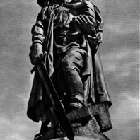 10. Е. Вучетич. Воин-освободитель. Памятник советским воинам, павшим в боях с фашизмом, в Берлине. 1949