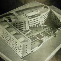 Жилой дом Ленинградского Совета. Макет дома со стороны двора