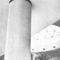 Московский Дворец пионеров. Отделка колонны полихлорвиниловым жгутом и профиль жгута