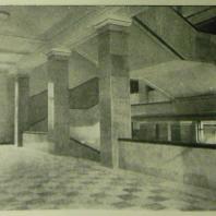 Дом СНК СССР в Москве. Главная лестница, площадка 2-го этажа