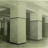Дом СНК СССР в Москве. Гардероб вестибюля бокового входа