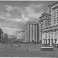 Москва. Вид на улицу Горького от гостиницы «Москва»