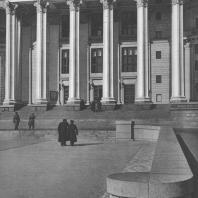 Москва. Центральный театр Красной Армии. Главный вход