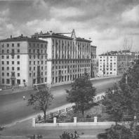 Москва. Большая Калужская улица. Жилой дом. Г.П. Гольц. 1940