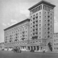 Москва. Новинский бульвар. Жилой дом. Л.Я. Талалай, А.А. Дзержкович. 1937