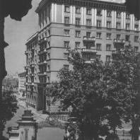 Москва. Лаврушенский переулок. Жилой дом. И.Н. Николаев. 1937