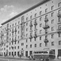 Москва. 1-я Мещанская улица. Жилой дом. Л.О. Бумажный. 1939