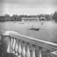 Москва. Измайловский парк культуры и отдыха. Водная станция