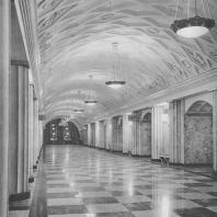 Москва. Метрополитен. Станция Площадь Свердлова. Перонный зал. И.А. Фомин. 1938