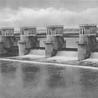 Канал имени Москвы. Карамышевская плотина. А.М. Рухлядев. 1937