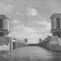 Канал имени Москвы. Башня управления шлюза № 2. В.М. Лисицын. 1937