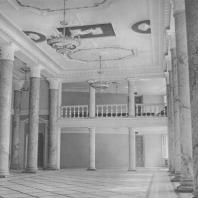 Выборгский дом культуры. Фойе. Д.Л. Кричевский, Е.Г. Груздева. 1937