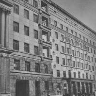 Ленинград. Кировский проспект. Жилой дом. Н.Е. Лансере. 1936