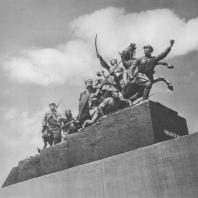 Куйбышев. Памятник В.И. Чапаеву. М.Г. Манизер