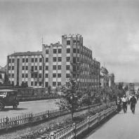 Куйбышев. Дом Областного Исполнительного Комитета Совета депутатов трудящихся. Реконструирован в 1932 году