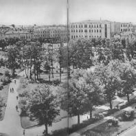 Молотов. Сквер имени Комсомола. 1935
