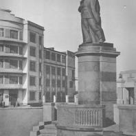 Магнитогорск. Монумент И.В. Сталина