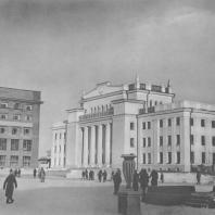 Новосибирск. Театр юного зрителя (бывший Дом Ленина)